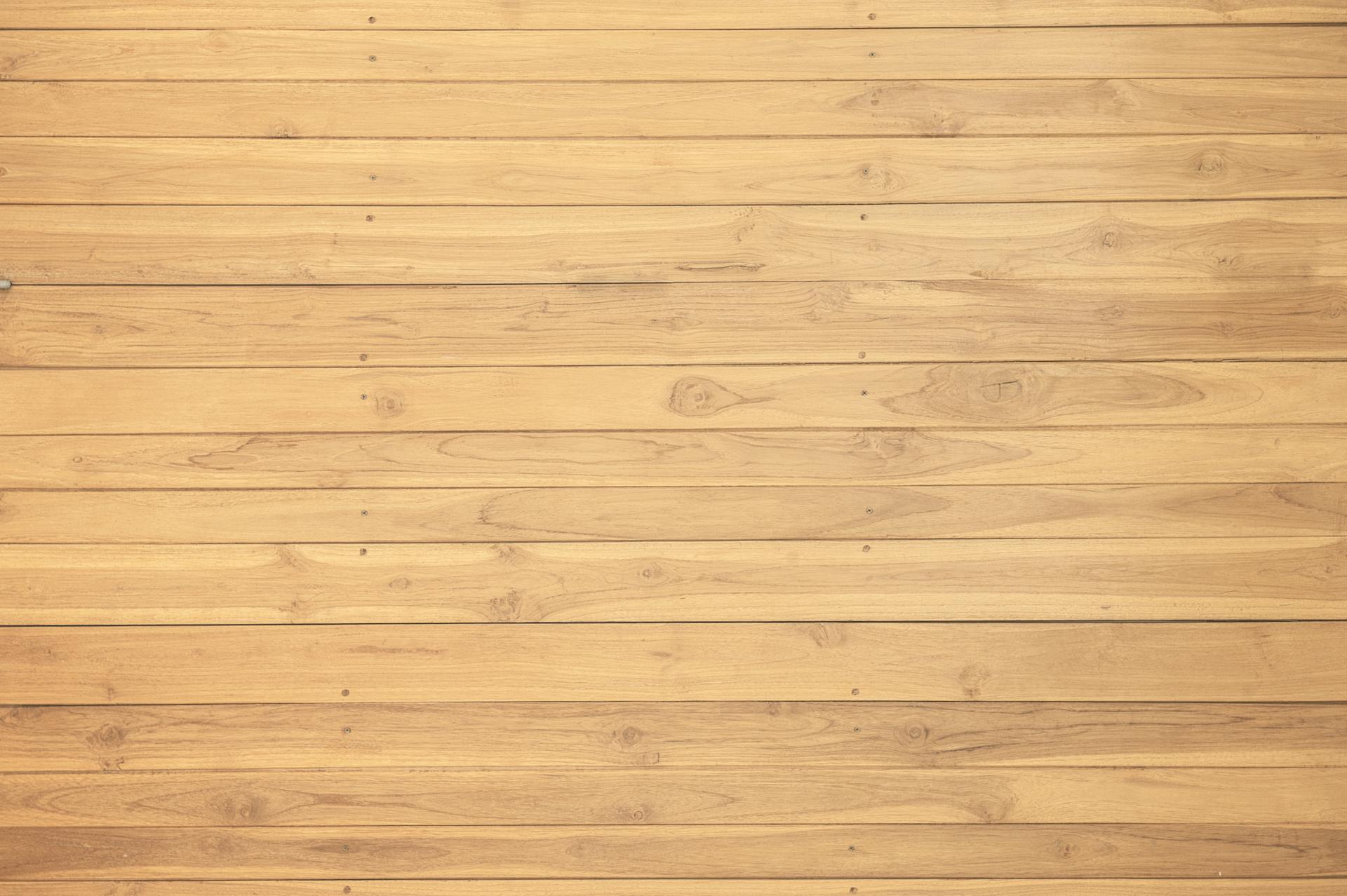 Parquet bois clair posé en planche